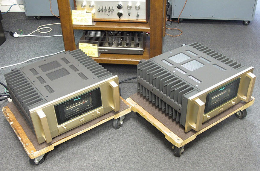 power ampli Accuphase M-6200