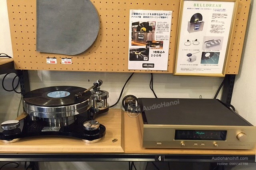Pre ampli Accuphase C-37 sang trong