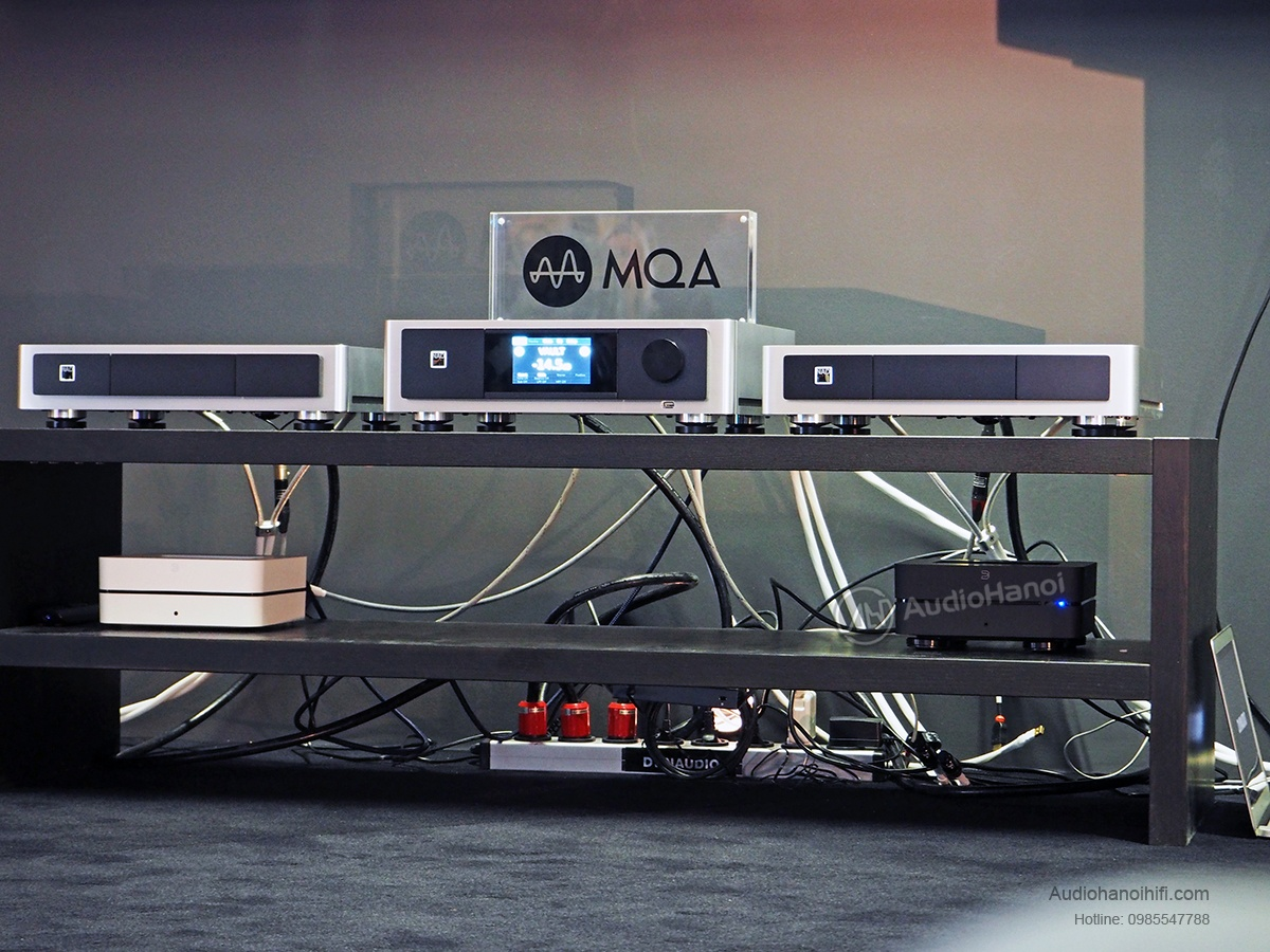 ampli NAD M32