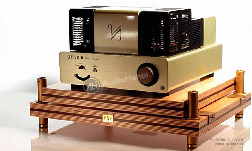 Amplifiers Quad QII-Integrated