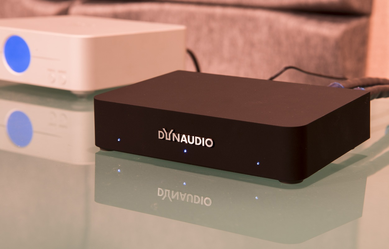 Dynaudio Connect chat