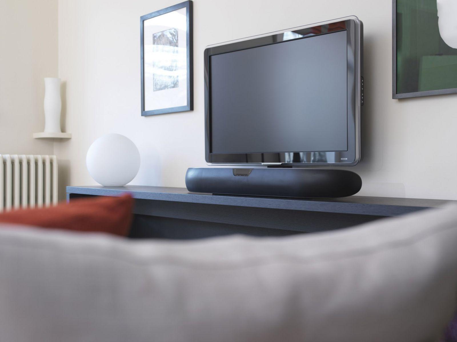 loa B&W Panorama 2 chat