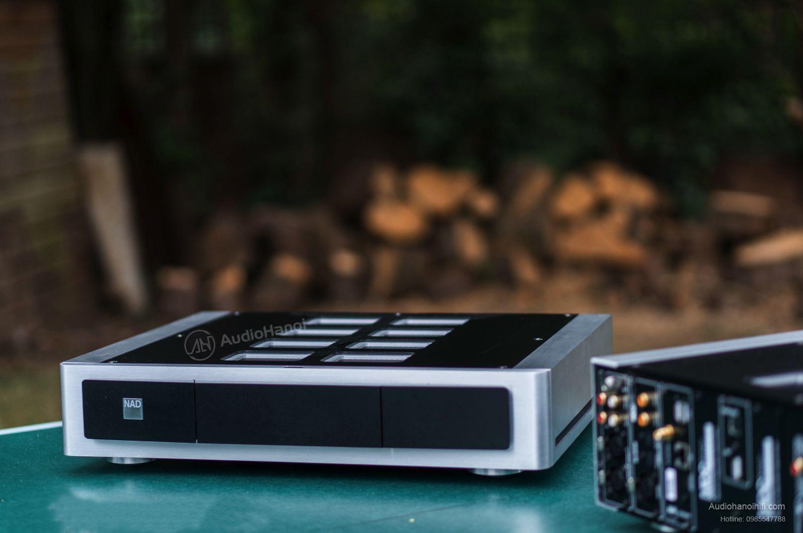 power ampli NAD M22