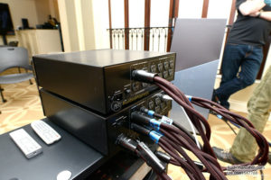 day nguon AudioQuest Huricane High Current chuan